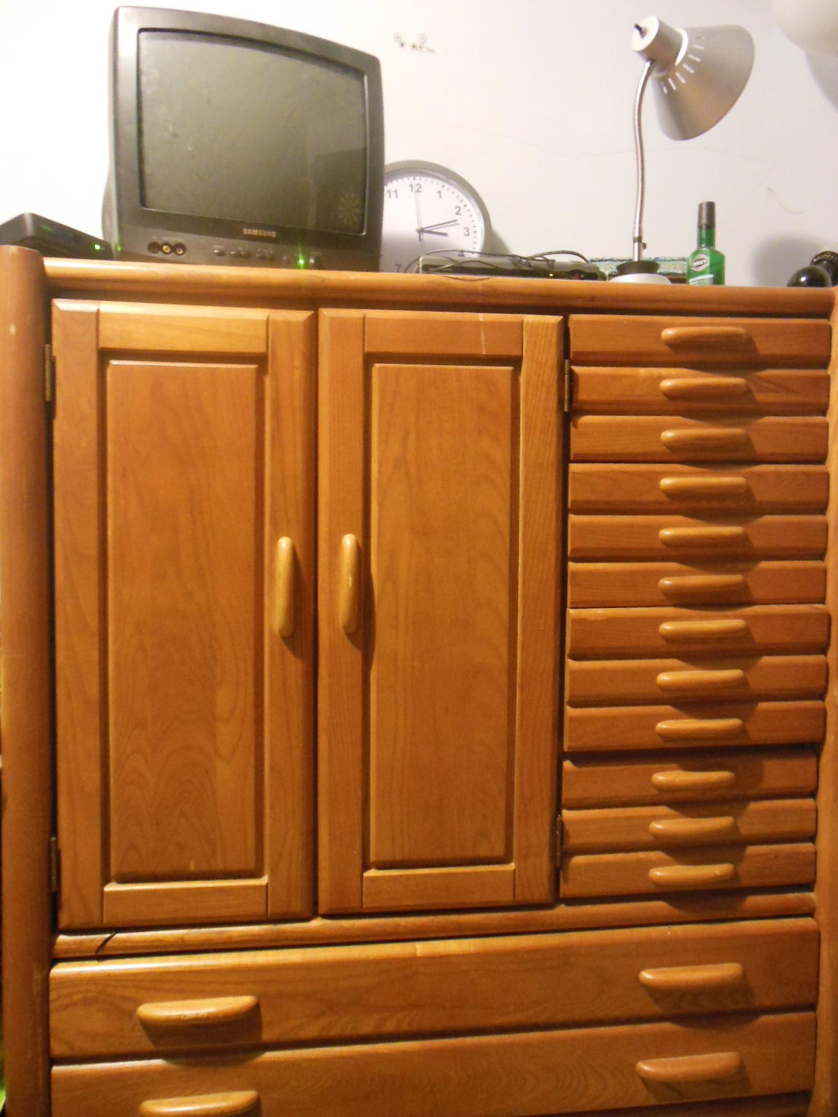 chest of drawers from my foreclosure property preservation business