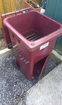 Continuous Flow Through Worm Bin