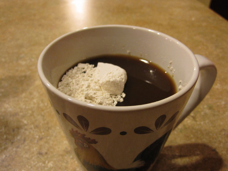 Diatomaceous Earth in coffee